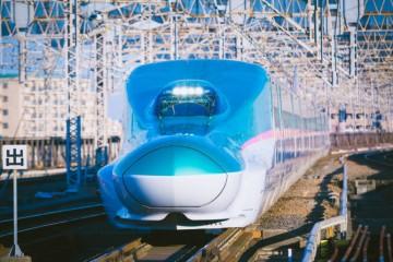 """Làm thế nào để trải nghiệm """"siêu tàu"""" Shinkansen với giá bình dân?"""