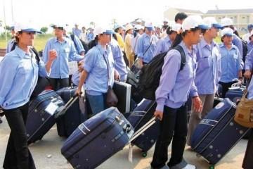 LAO ĐỘNG Ở LẠI NƯỚC NGOÀI TRÁI PHÉP PHẠT LÊN ĐẾN 100 TRIỆU ĐỒNG